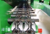 140mm széles láncmeghajtás a biztonságos haladásért, bármilyen talajon
