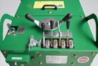 Ergonomikusan kialakított vezérlőszervek a berendezés könnyű kezeléséhez