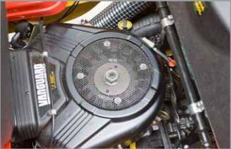 16 LE 2-hengeres benzinmotor